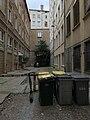 Impasse Saint-Polycarpe (Lyon) - cour.jpg