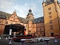 Innenhof des Schloss Johannisburg, erbaut von Georg Ridinger (1605 - 1618) - panoramio.jpg