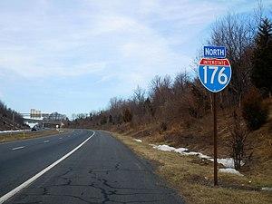 Interstate 176 - I-176 first northbound shield in Caernarvon Township.