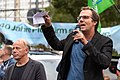 Jürgen Trettin und Henno Osberghaus bei einer Demo für die Schließung Tegels (49065210586).jpg