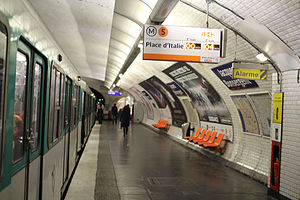Jacques Bonsergent (Paris Métro) - Image: Jacques Bonsergent 1