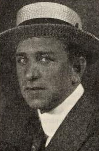John Arnold (cinematographer) - John Arnold in 1922