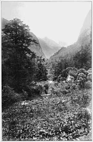 Kharta - 1921 expedition photograph of Kama valley