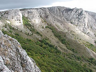 Crimean Mountains - Image: Karabi mountain plateau 3