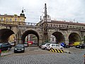 Karlín, Prvního pluku, viadukt, k ulici Za Poříčskou branou (01).jpg