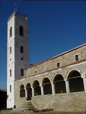 Eastern Orthodoxy in Albania - Image: Kloster (Albanien) korr 2