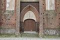 Klosterkirche Eingang Angermünde.jpg