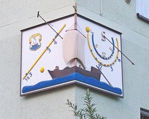 Krippen sundial 4.jpg