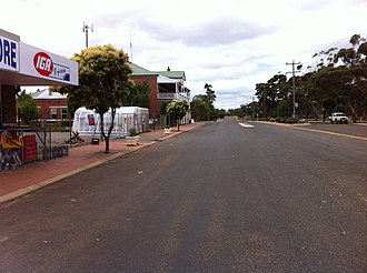 Kukerin, Western Australia - Main street in Kukerin.