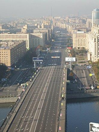 Kutuzovsky Avenue - Kutuzovsky Prospekt in the morning