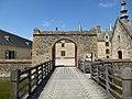 L'entrée du chateau - panoramio.jpg