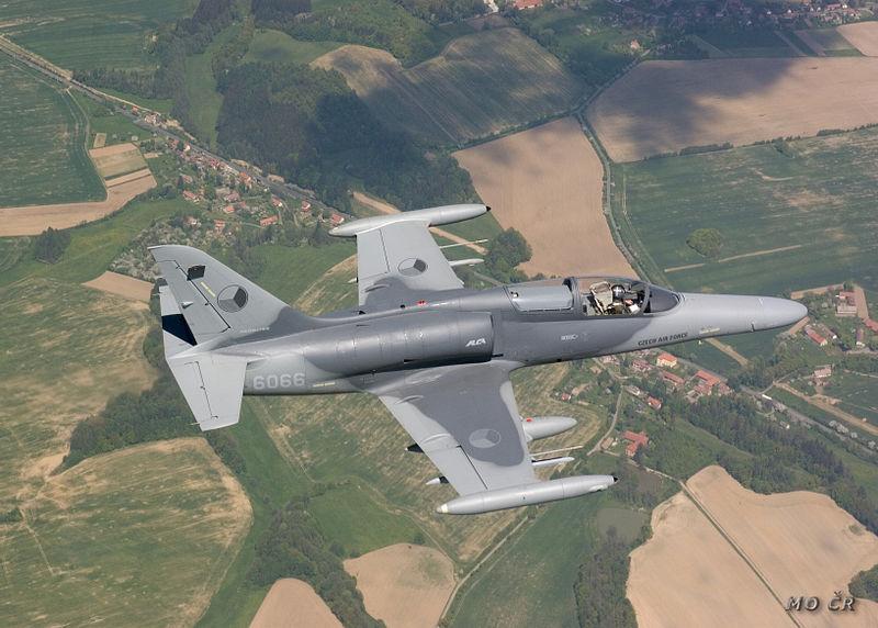 اكبر و اوثق موسوعة للجيش العراقي على الانترنت 800px-L-159_ALCA_Czech_Air_Force