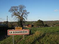 La Gohannière - Entrée du bourg.JPG