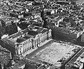 La Place du Capitole de Toulouse, en octobre 1948.jpg