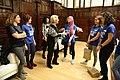 La alcaldesa recibe a jóvenes participantes en el estudio de Plan Internacional '(In) Seguras en la ciudad' 01.jpg