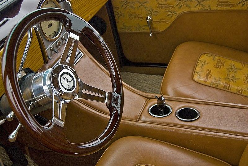 File:Leather Seats (6134843102).jpg