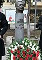 Lech Kaczyński pomnik w Tbilisi w Gruzji cropped.jpg
