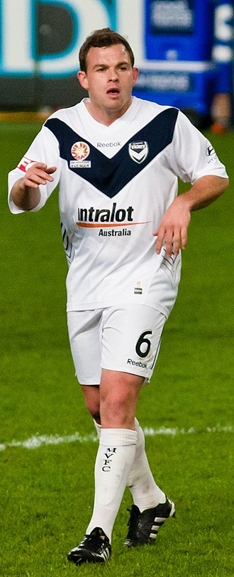 Leigh Broxham - Broxham playing for Melbourne Victory in 2010