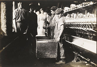 Fayetteville, Tennessee - Child labor at the Elk Cotton Mills in Fayetteville, 1910.  Photo by Lewis Hine.