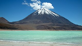 Licancabur seen across Laguna Verde, similar to photo earlier in article