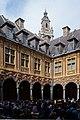 Lille WLM2016 cour intérieure de la Vieille Bourse (7).jpg
