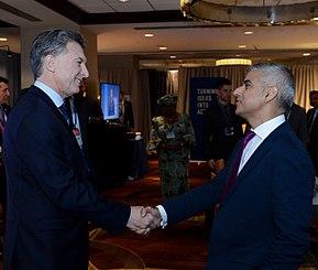 Sadiq Khan assieme al presidente dell'Argentina Mauricio Macri