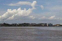 Mahakam at Samarinda.jpg