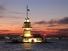 Maiden tower.JPG