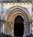 Maillezais.- portail de l'église Saint Nicolas.jpg