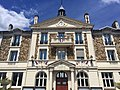 Mairie drapeaux en berne Wissous.jpg