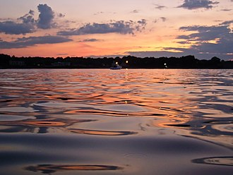 Manhasset Bay - Image: Manhasset Bay Moored Boat at Sunset 4