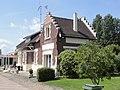 Marest-Dampcourt (Aisne) ancienne gare Marest Quierzy.JPG