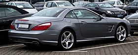 Mercedes-Benz SL 500 BlueEFFICIENCY Sport-Paket AMG (R 231) – Heckansicht, 8. August 2012, Velbert.jpg