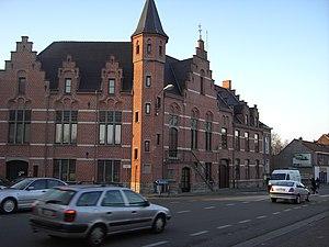 Merelbeke - Former town hall