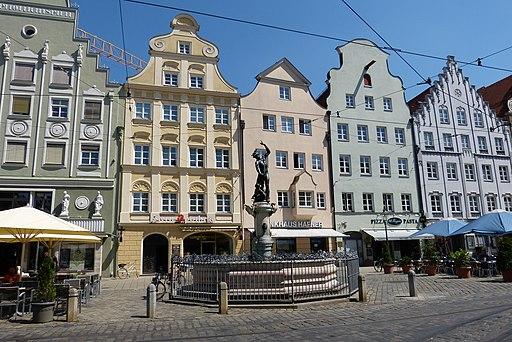 Merkurbrunnen Augsburg von Westen