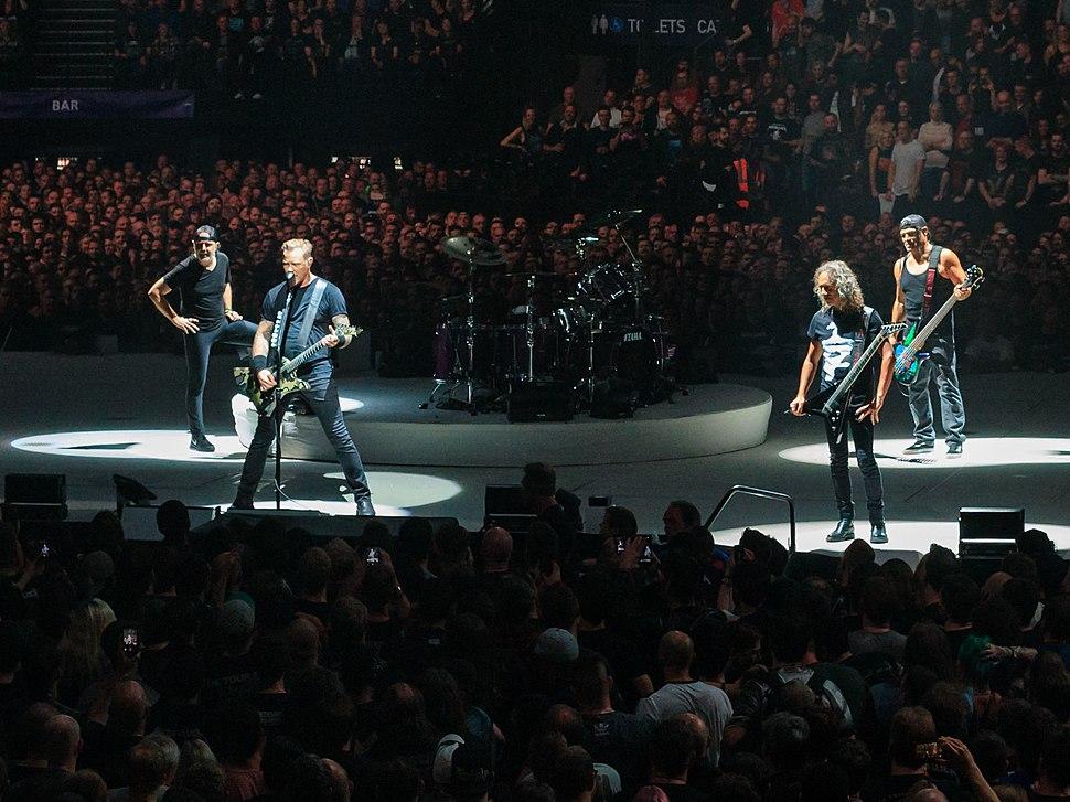 Members of Metallica onstage
