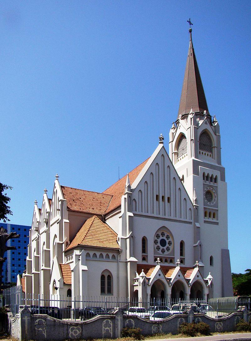 Metropolitan Cathedral Dar es Salaam.jpg