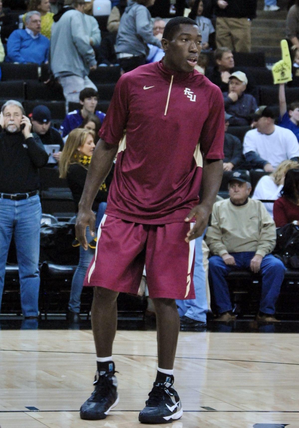 michael ojo  basketball  born 1993