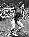 Micheline Ostermeyer championne olympique au lancer du disque à Londres en 1948.jpg