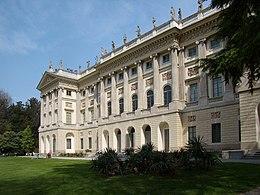 Milano Villa Reale facciata.JPG