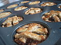 Mince pies in baking tray, December 2005.jpg