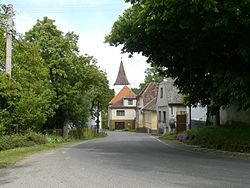 Minice and Pohoří-road.jpg