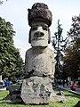 Moai en la Alameda, Stgo.jpg