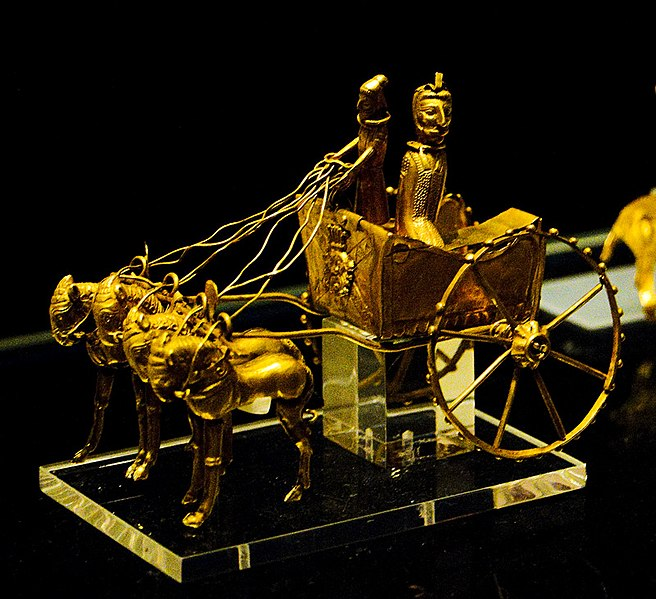 File:Model of a chariot from the Oxus Treasure by Nickmard Khoey.jpg