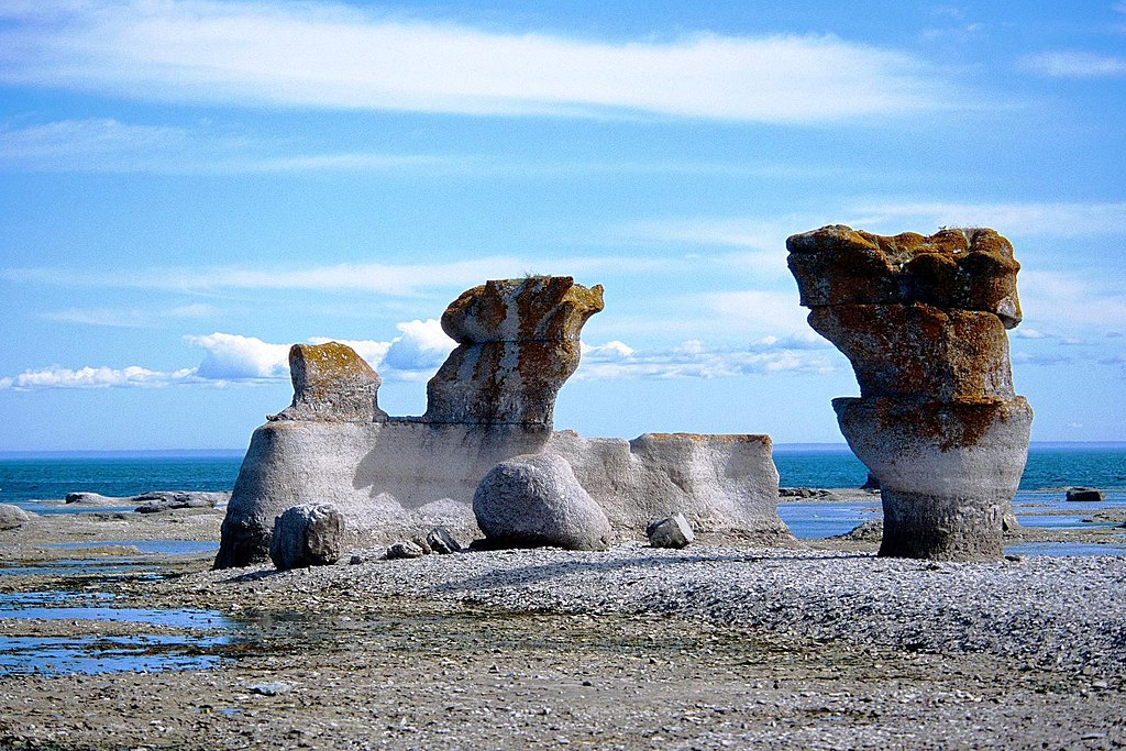 monoliths at Mingan on the Côte-Nord, north coast in Quebec, near Havre-Saint-Pierre