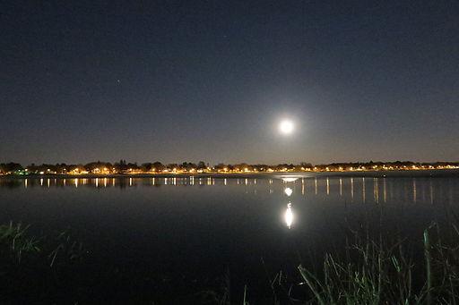 Moonrise, Lake Quannapowitt, Wakefield MA