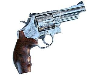 Smith & Wesson Model 29 - Image: Mountaingun 2006