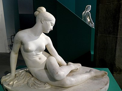 Museo civico di palazzo Pretorio (scultura di Lorenzo Bartolini).jpg
