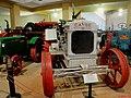 Museu Agromen de Tratores e Implementos Agrícolas, localizado no complexo do Centro Hípico e Haras Agromen em Orlândia. Trator Case modelo FG-ZMS 713 de 1919. À esquerda, o trator Oliver Row Crop 60, à - panoramio.jpg