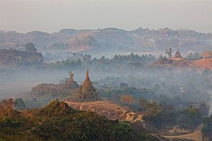 Rakhine people - Mrauk-U pagodas are famous for their mystical appearance.